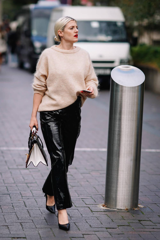 Diese Dresscodes Gelten Fur Frauen Im Buro Stylebook