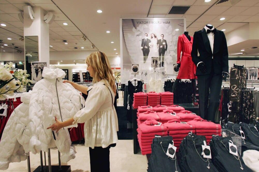 H&M verbrennt tonnenweise unverkaufte Kleidung im Jahr