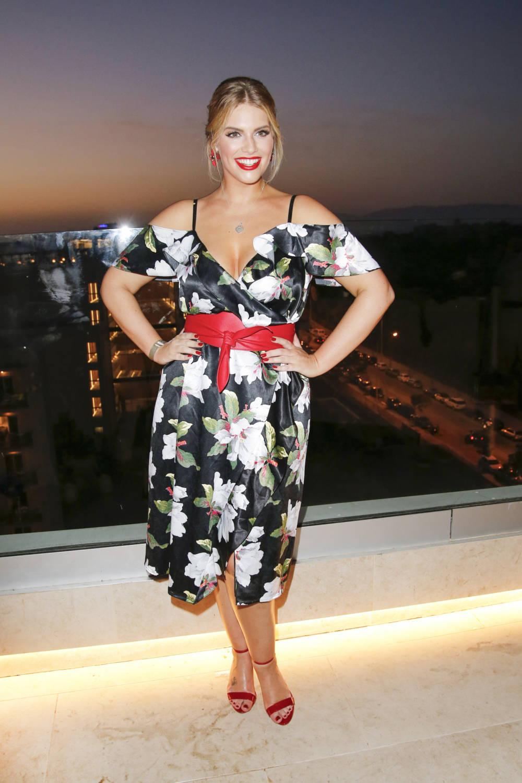 3762f4602f486 Das deutsche Curvy-Topmodel Angelina Kirsch im Interview | STYLEBOOK
