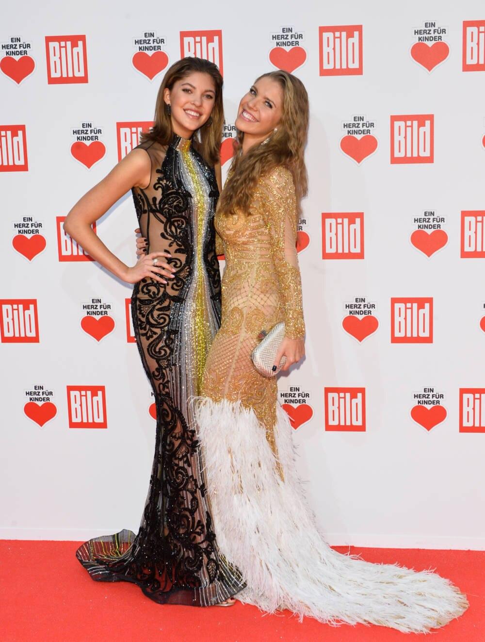 Paulina & Victoria Swarovski