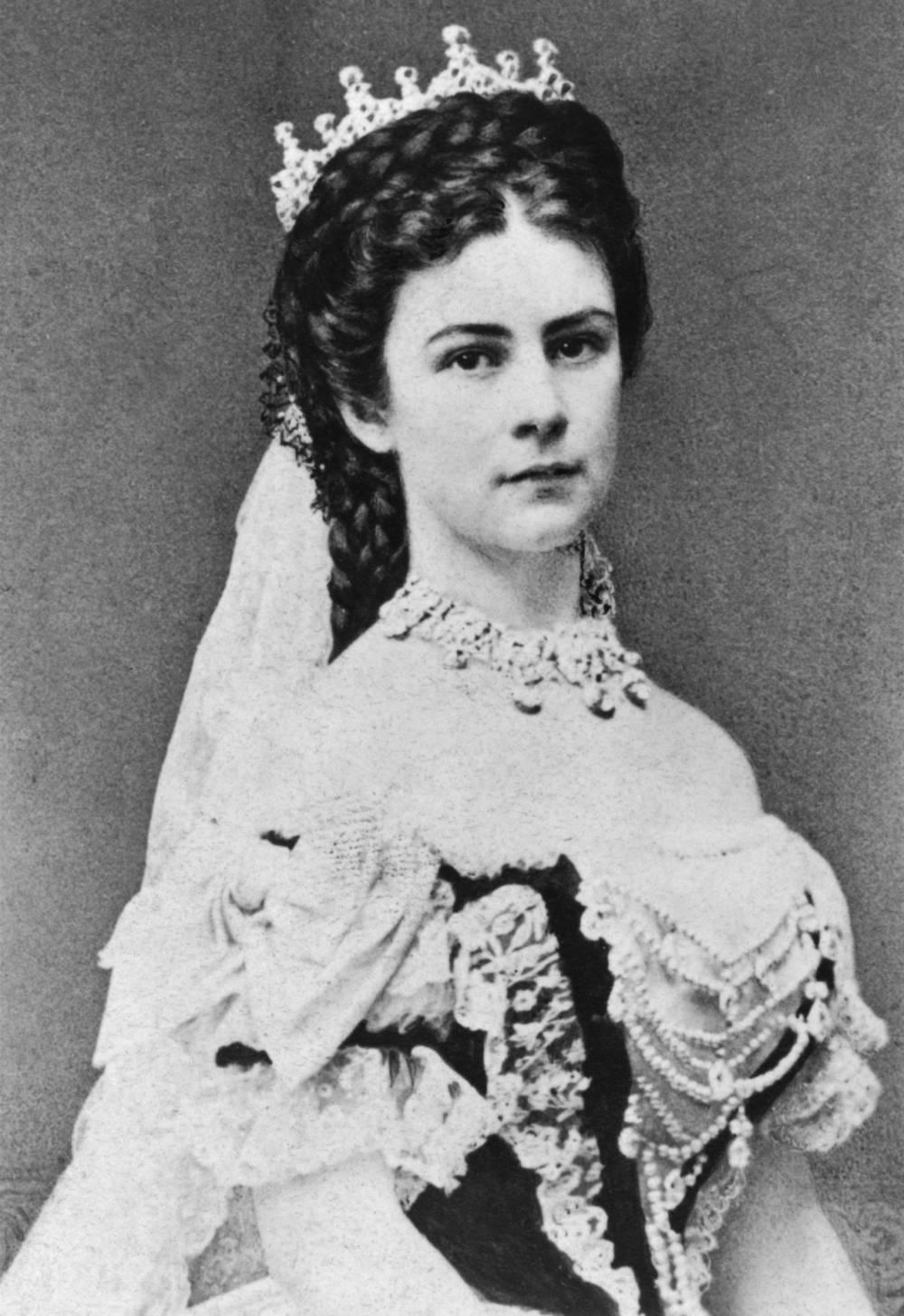 Die Beauty Geheimnisse Von Kaiserin Sissi Elisabeth Stylebook