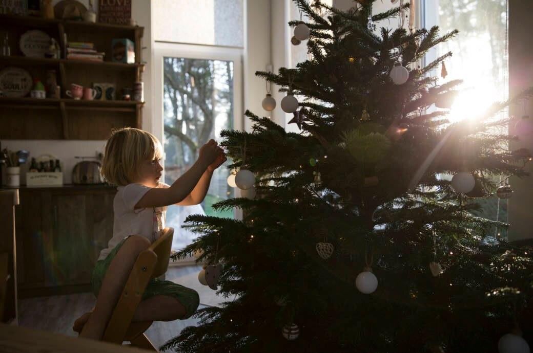 weihnachtsbaum schm cken wie viele kugeln darf ich. Black Bedroom Furniture Sets. Home Design Ideas
