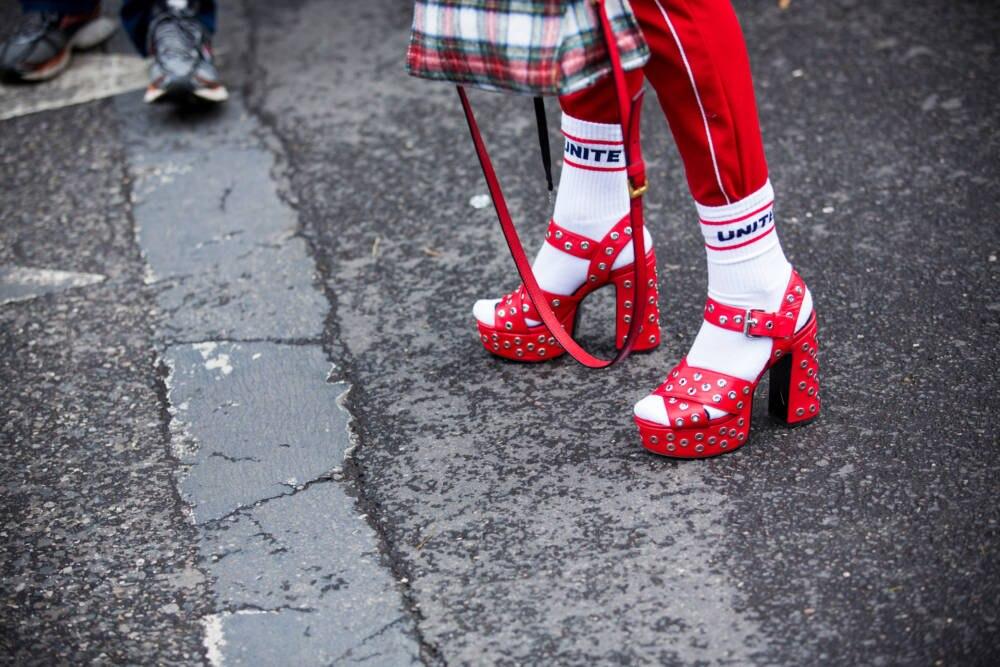 Socken in High Heels sind schon lange kein Mode-Tabu mehr