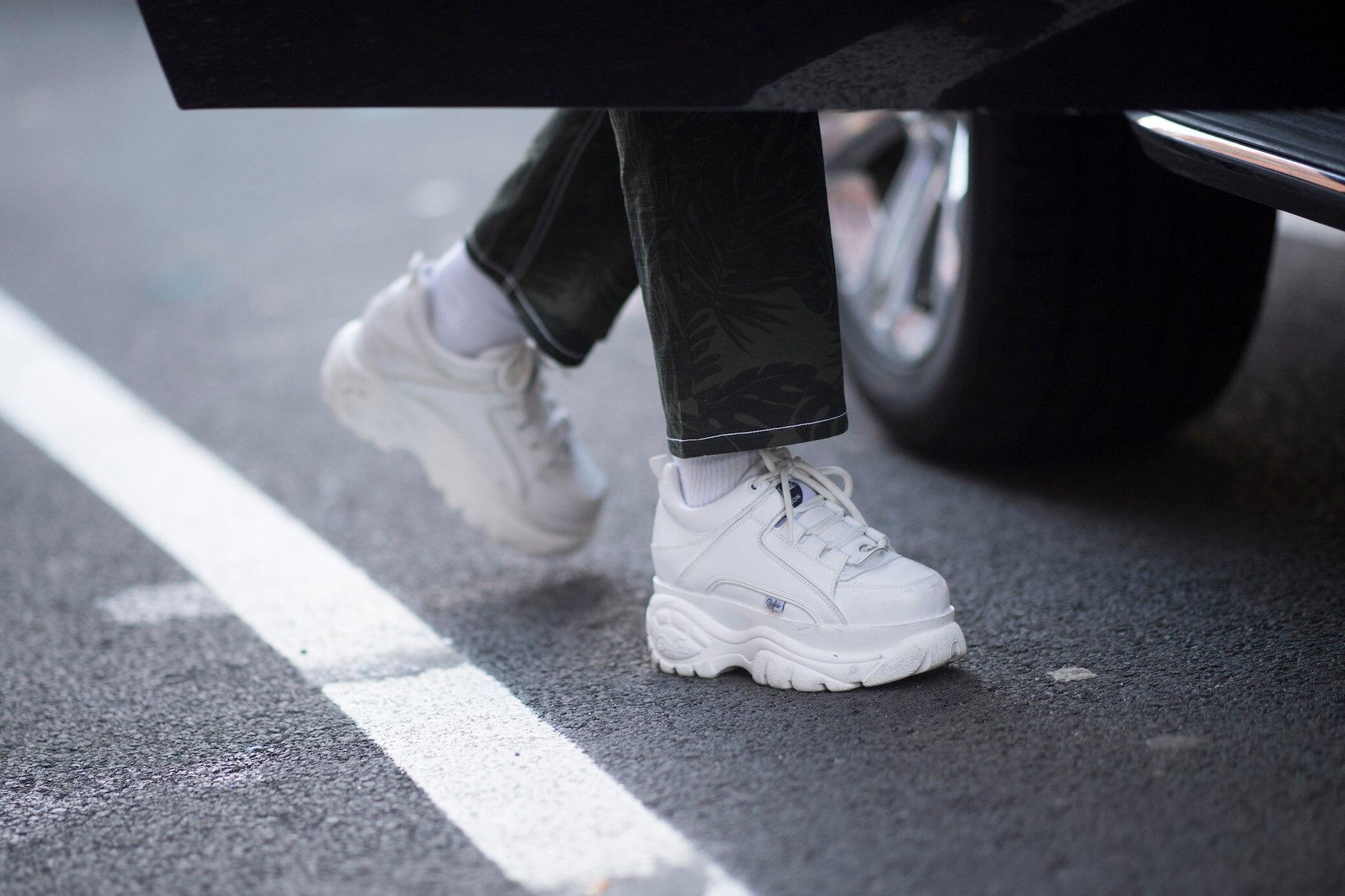 timeless design 89e8a 6b684 Trend: Wie trägt man Buffalo-Sneaker? | STYLEBOOK