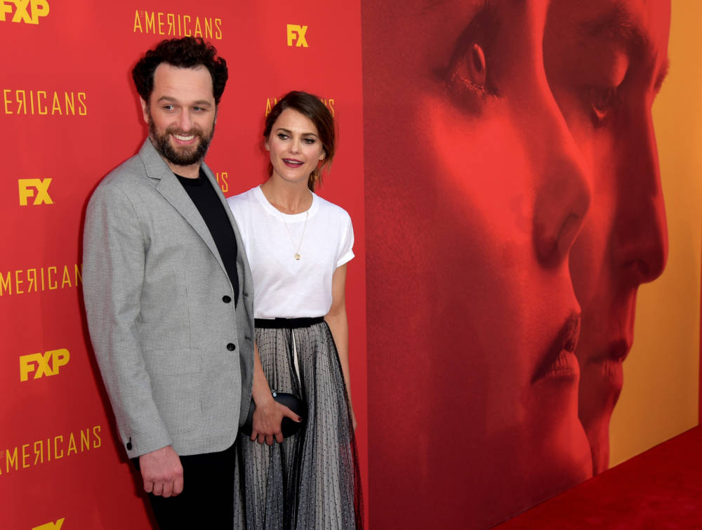Matthew Rhys (L) and Keri Russell 2018
