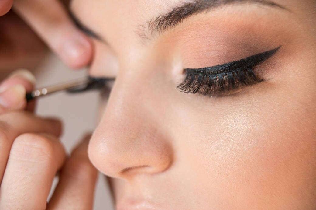 5 Tipps Für Den Perfekten Lidstrich Eyeliner Richtig Anwenden