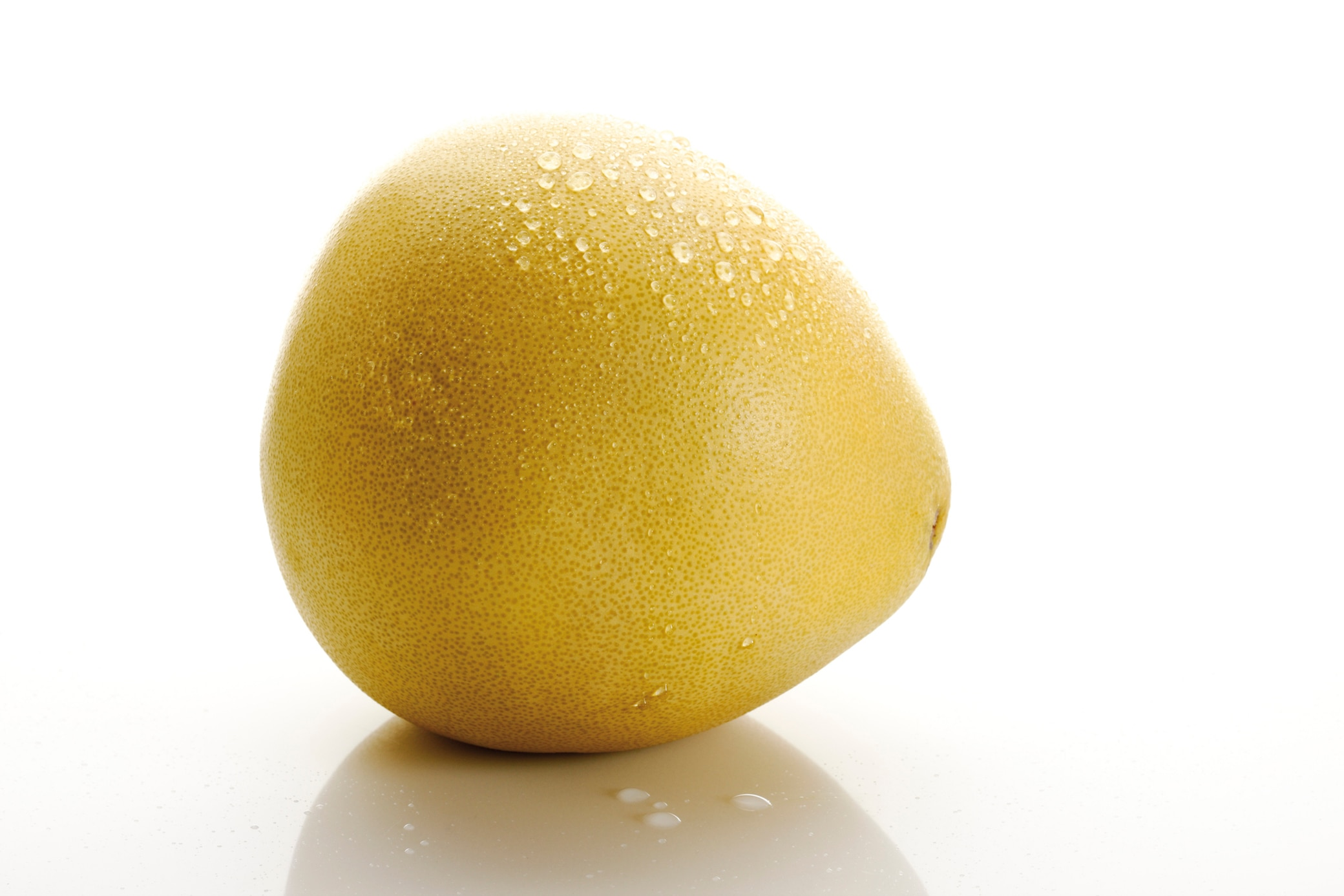 Darum solltest du Pomelos vor dem Schälen waschen