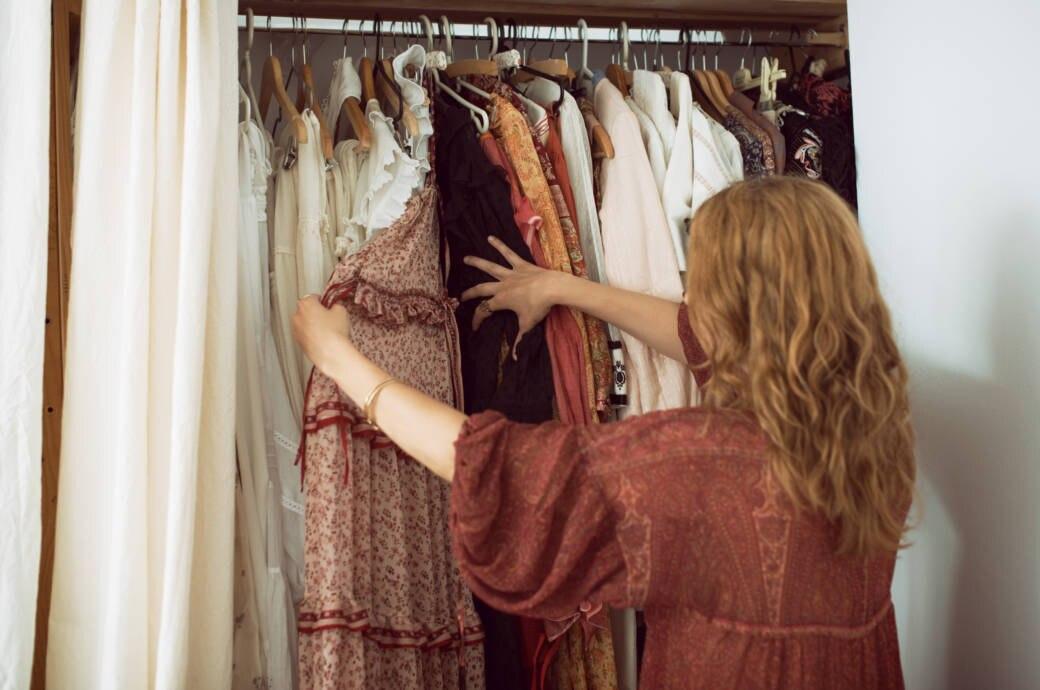 Wie werde ich meine ausgemisteten Klamotten am besten los?