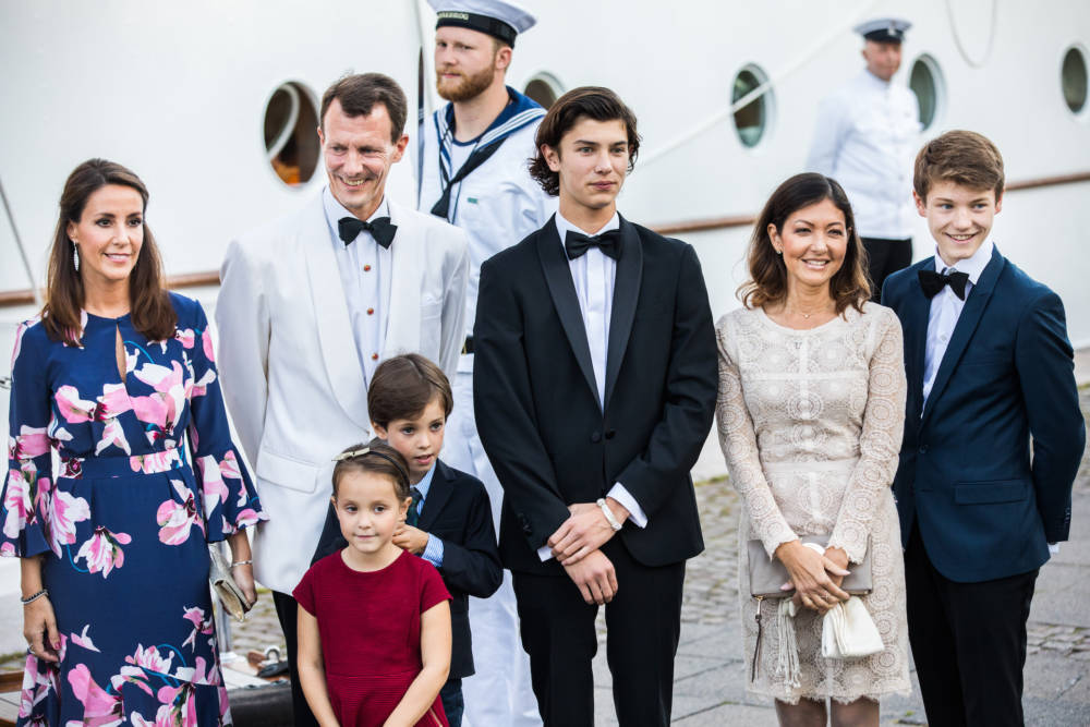 Prinz Nikolai mit seiner Patchwork-Familie
