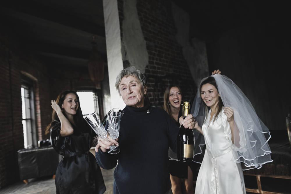 4 Frauen feiern Junggesellenabschied