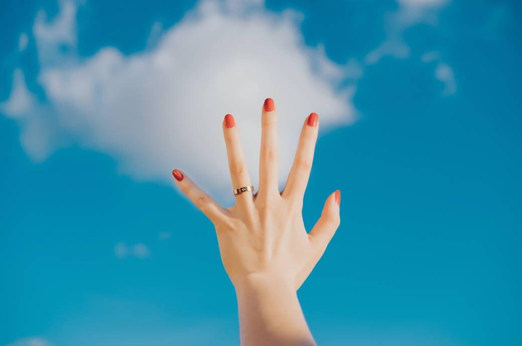Statt Nagellack! Was Sie über Nagelfolien wissen sollten