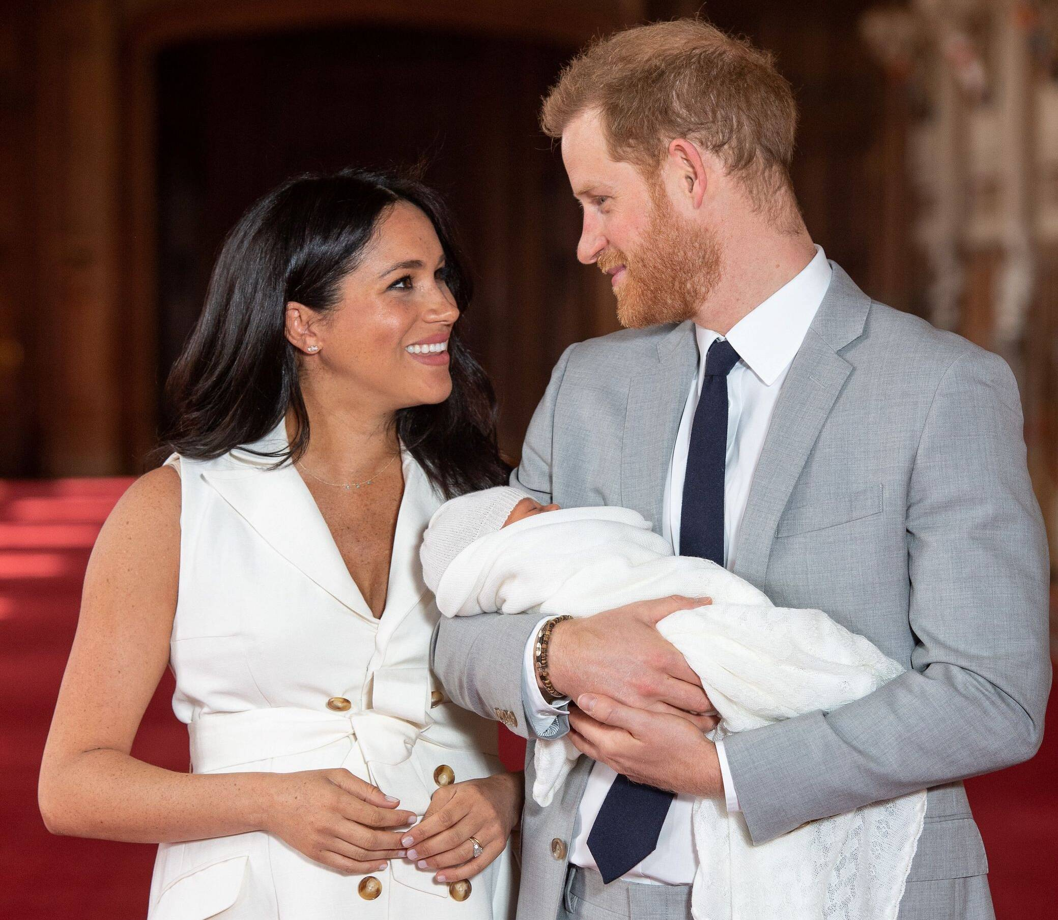 Baby Sussex: So teuer war Archies erstes Outfit