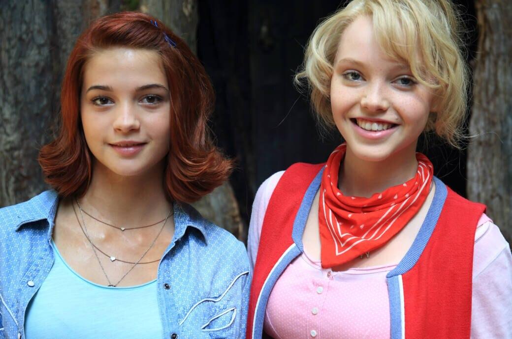 Lina Larissa Strahl (r.) und Lisa-Marie Koroll