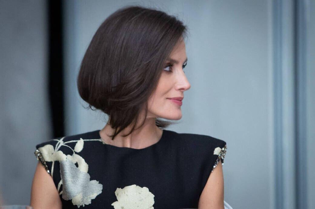 Königin Letizia schummelt sich für einen Tag kurze Haare