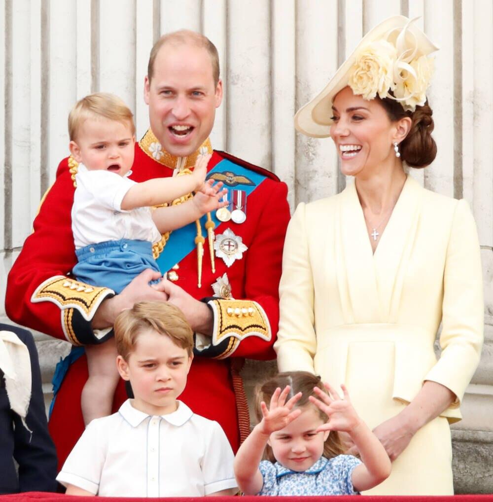 William und Kate mit ihren Kindern George, Charlotte und Baby Louis