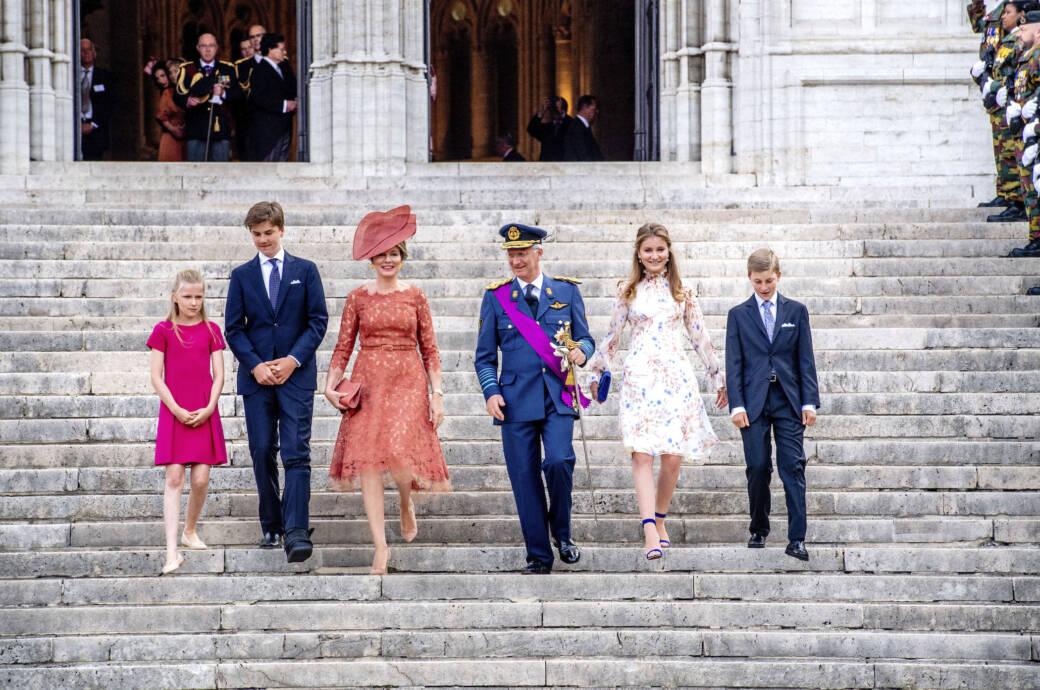 Belgisches Königshaus: Prinzessin Eleonore, Prinz Gabriel, das Königspaar Mathilde und Philippe sowie Prinzessin Elisabeth und Prinz Emmanuel am belgischen Nationalfeiertag am 21. Juli 2019