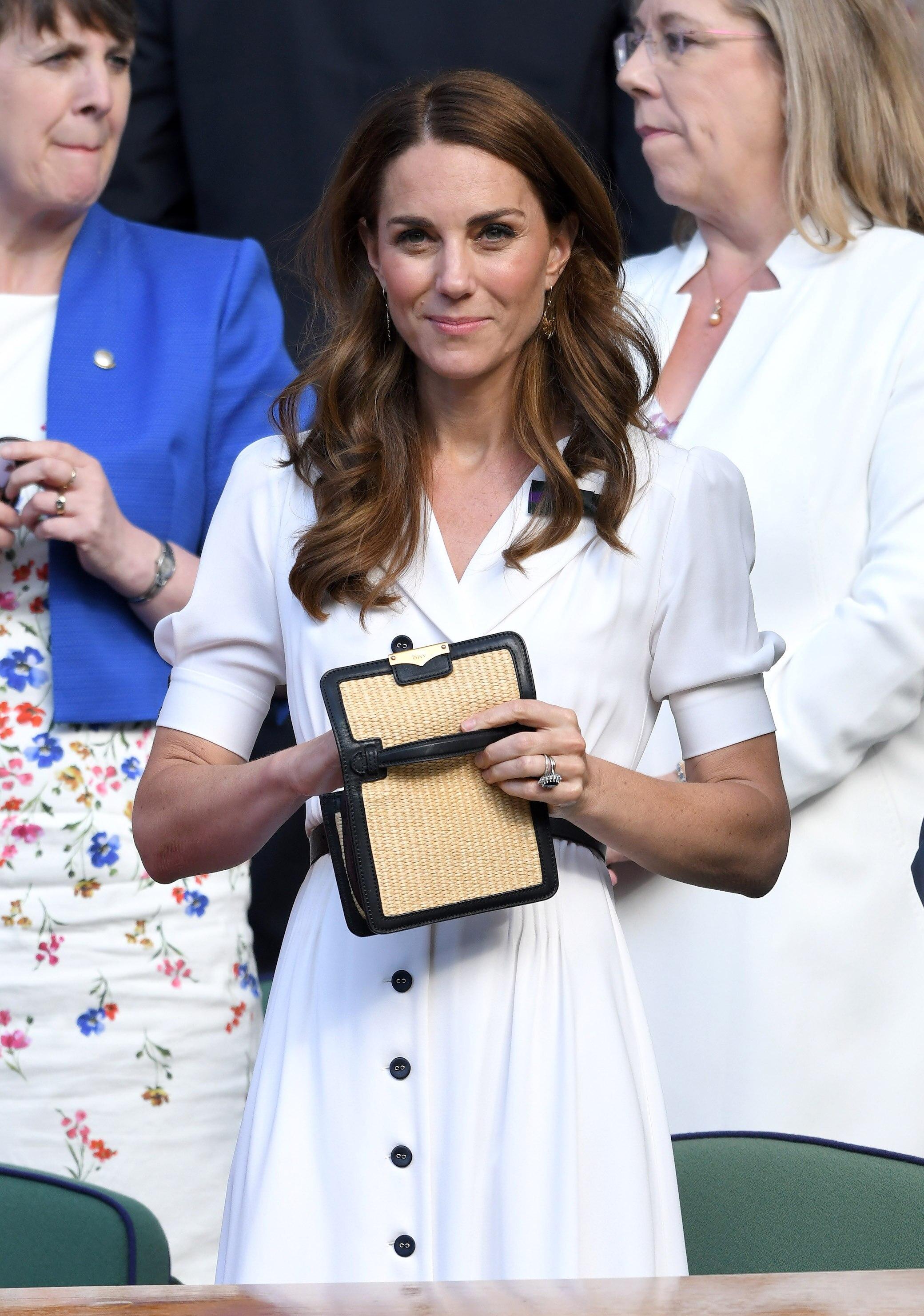 Kate mit ihrer Satchel-Bag