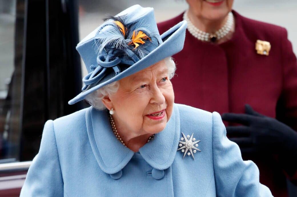Queen Rede Corona