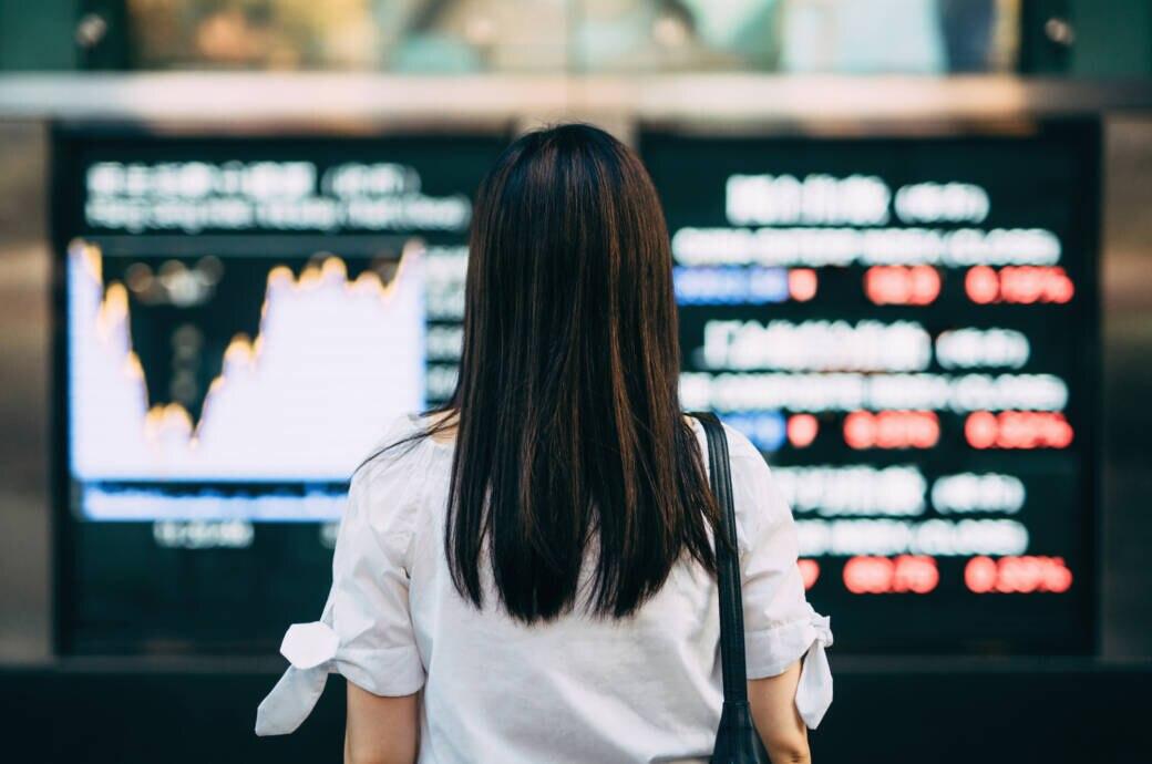 Frau an der Börse