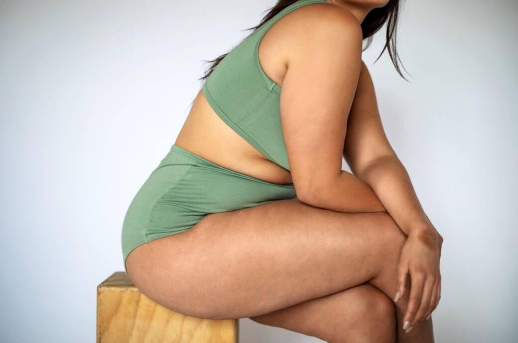 Fettverteilungsstörung Lipödem – Ursachen, Behandlung, OP-Kosten
