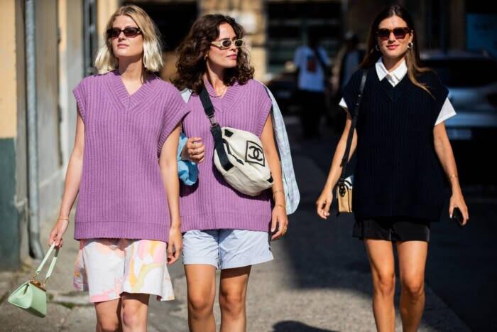 Frauen in Pullunder