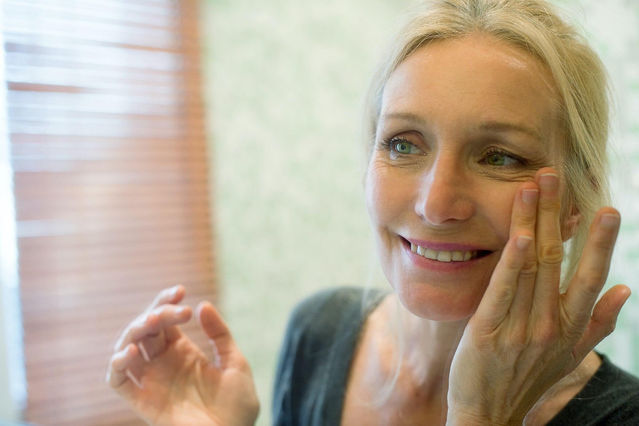 Nachgefragt-bei-Experten-F-ltchen-um-die-Augen-Ursachen-und-Behandlung